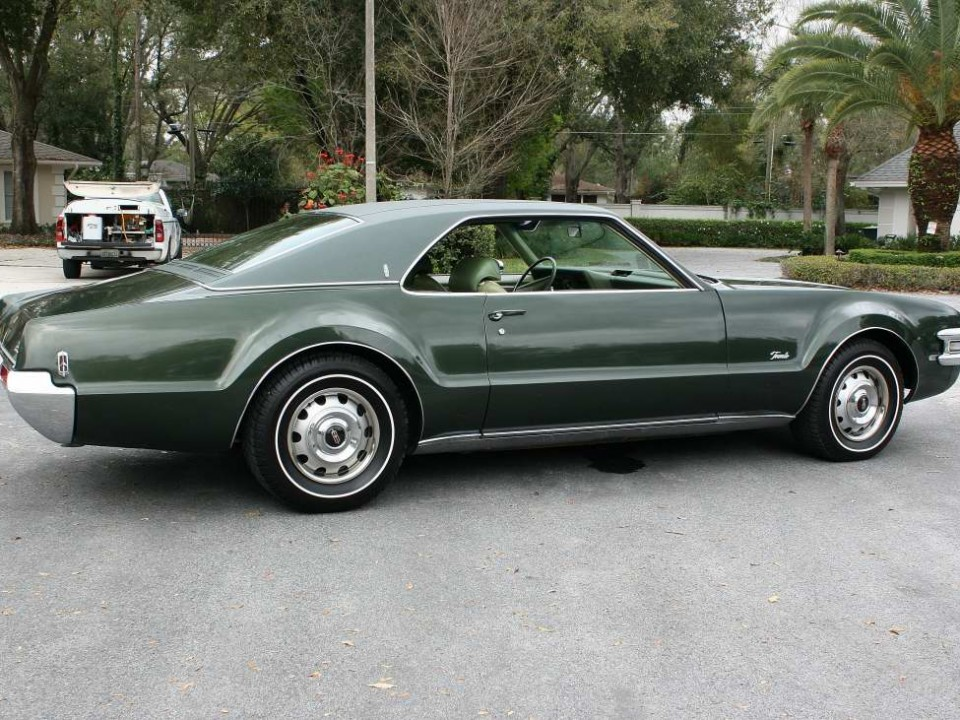 Oldsmobile Toronado For Sale