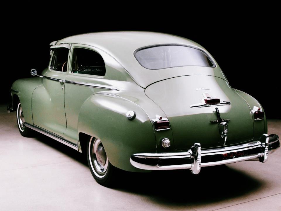 1948 Dodge DeLuxe 2-Door Sedan
