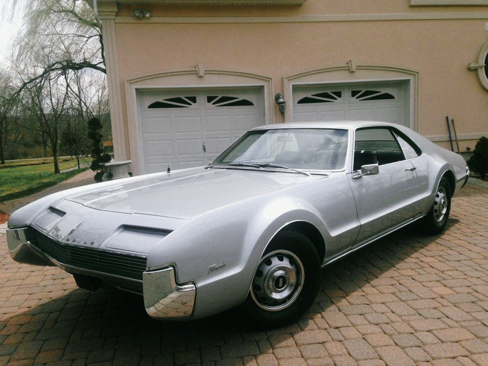 Oldsmobile Toronado For Sale on Custom 1966 Cadillac Deville