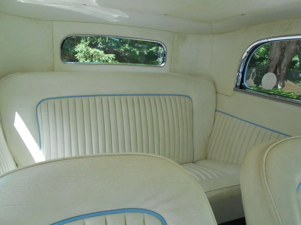 1932 Ford 2-door Sedan