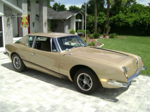 1972 Studebaker Avanti II for sale