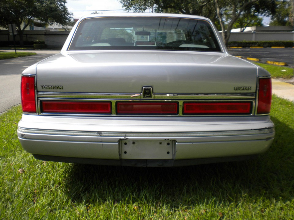 1960 Lincoln Continental >> 1997 Lincoln Town Car for sale