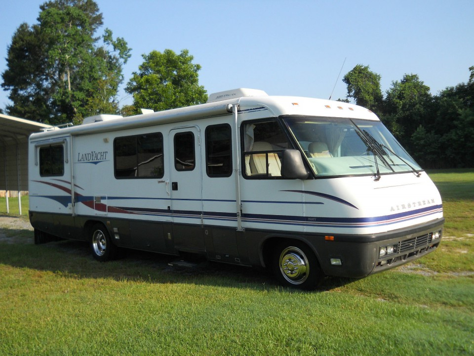 1997 Airstream Land Yacht