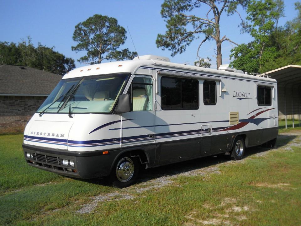 1997 Airstream Land Yacht