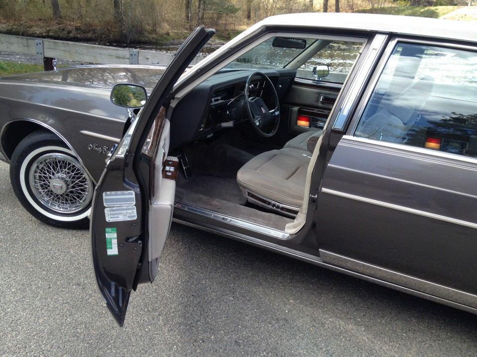 1984 Oldsmobile Ninety-Eight Brougham
