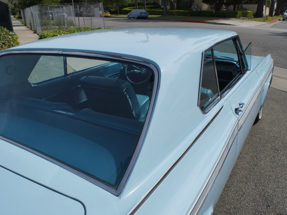 1963 Oldsmobile Starfire Coupe