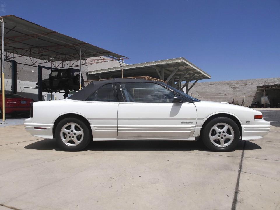 1994 oldsmobile cutlass supreme for sale