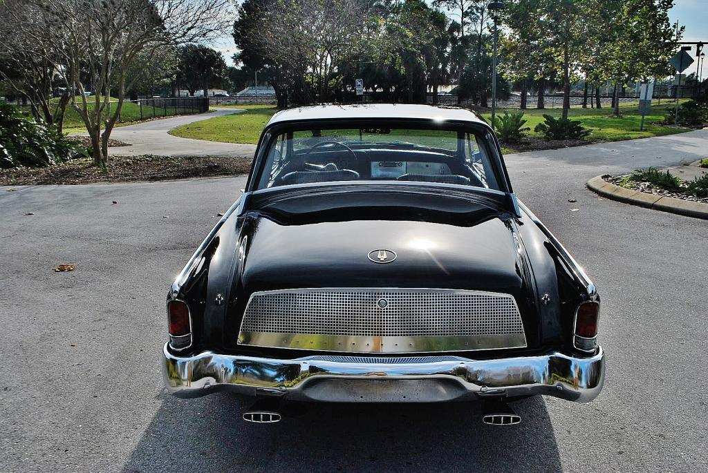 1962 Studebaker Gold Hawk GT