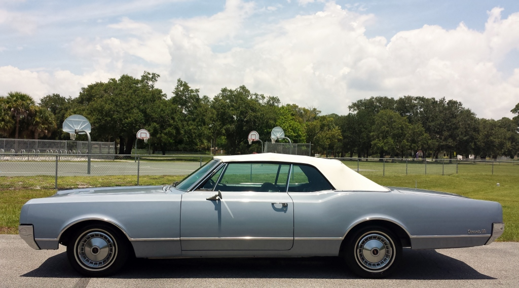 1965 Oldsmobile Eighty-Eight Convertible