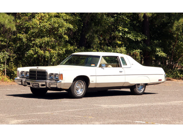 1975 Chrysler New Yorker Brougham Coupe