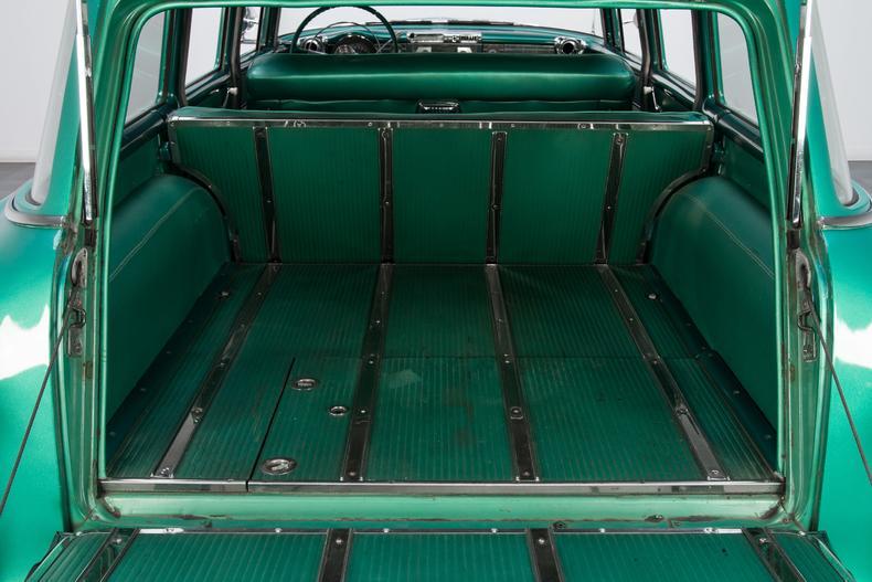 1956 Pontiac Chieftain Wagon