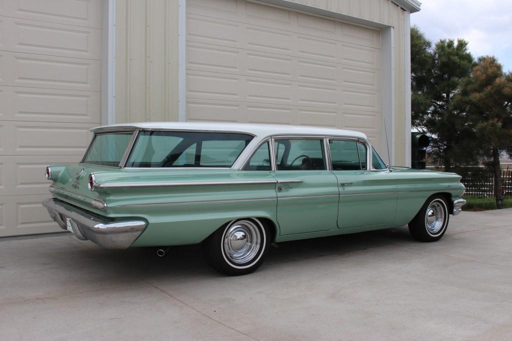 1960 Pontiac Catalina Safari Wagon For Sale