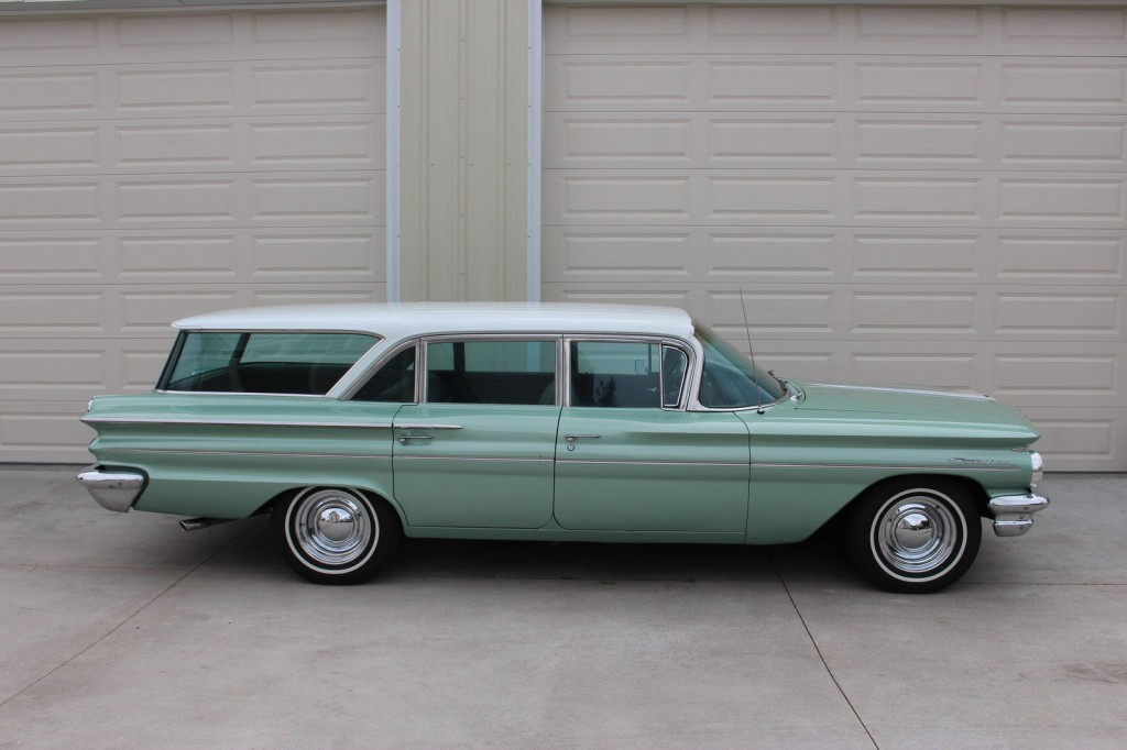 1960 Pontiac Catalina Safari Wagon For Sale
