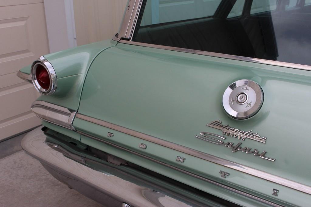 1960 Pontiac Catalina Safari Wagon