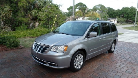 2014 Chrysler Town & Country for sale