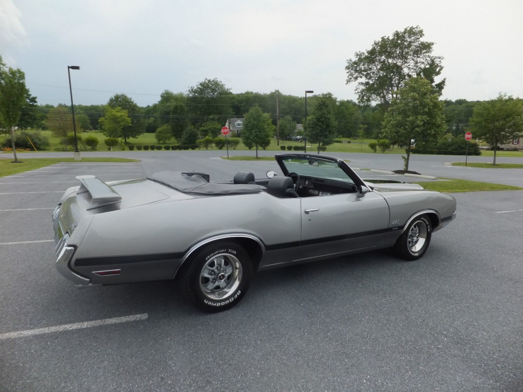 Oldsmobile Cutlass Convertible American Cars For Sale X