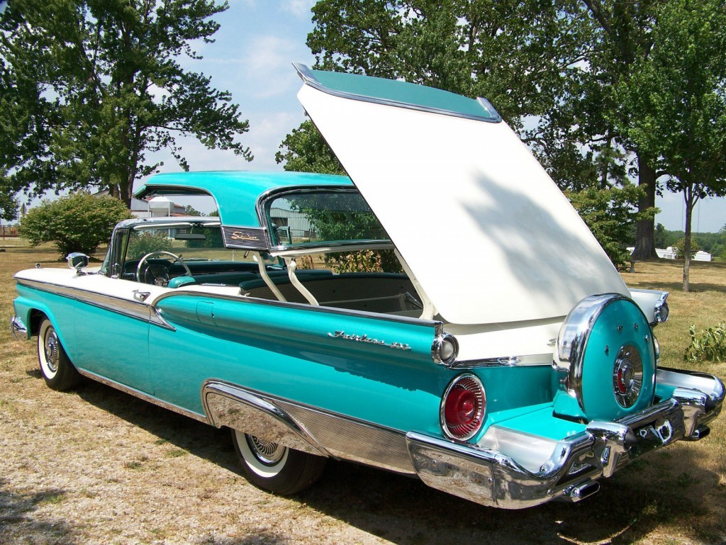 Ford Skyliner American Cars For Sale X X