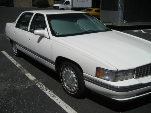 1996 Cadillac DeVille Sedan for sale