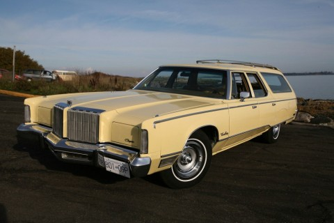 1977 Chrysler Town & Country for sale