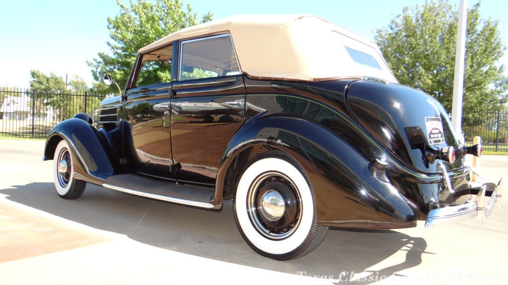 1936 Ford Deluxe Convertible