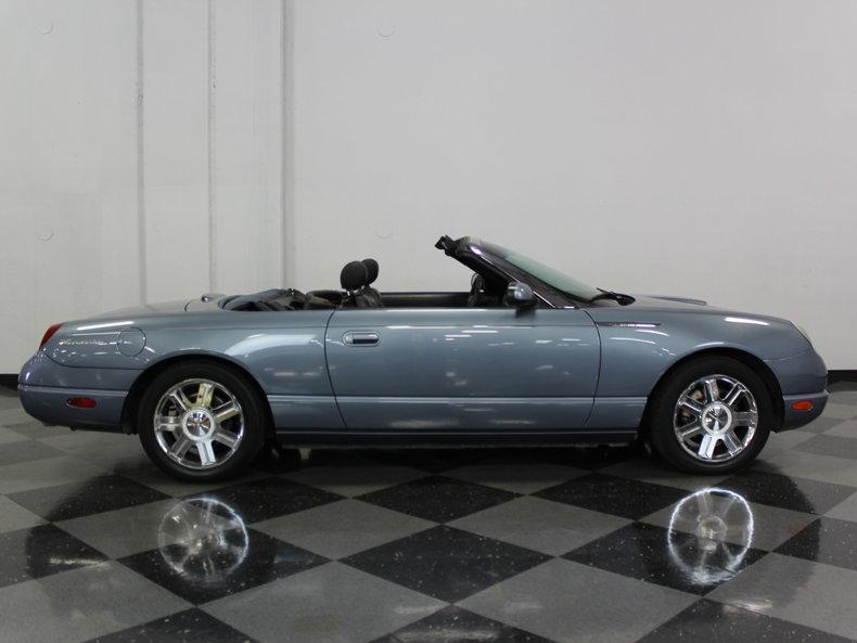 2005 Ford Thunderbird