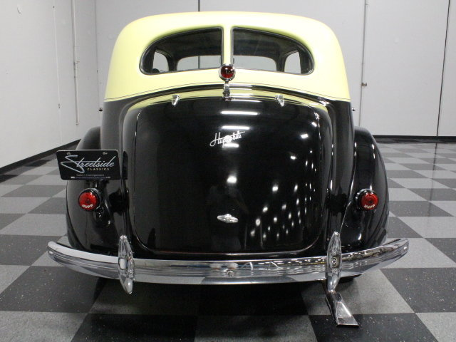 1936 Hupmobile 618G Touring Sedan
