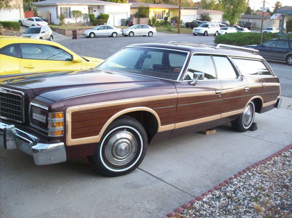1977 Ford LTD Country Squire for sale
