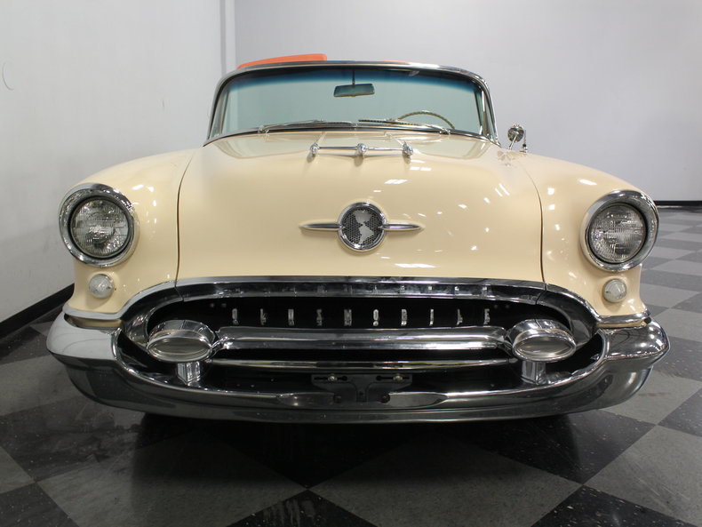 1955 Oldsmobile Ninety-Eight Starfire