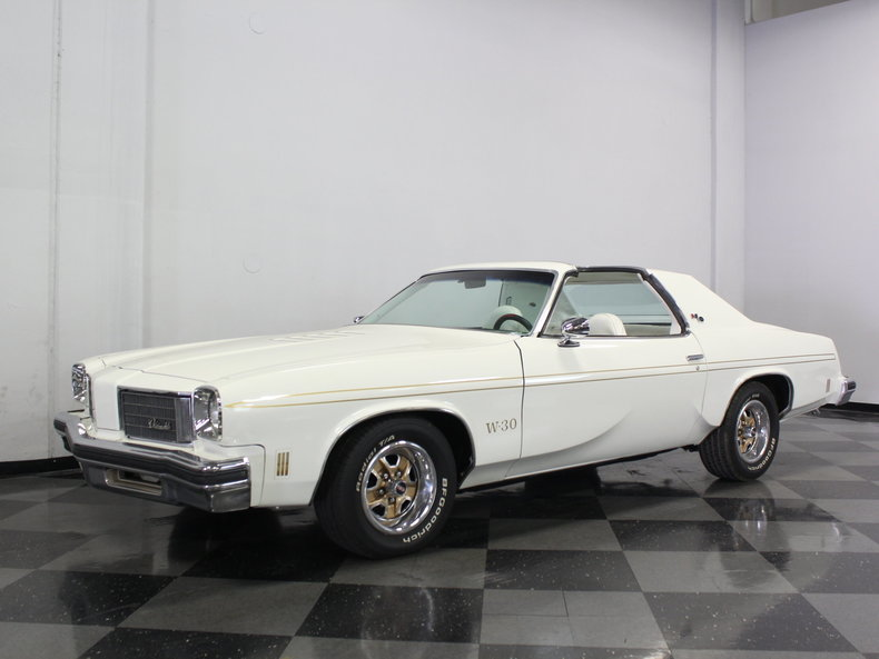 1975 Oldsmobile Cutlass Hurst