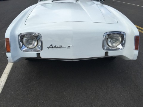 1971 Studebaker Avanti II for sale