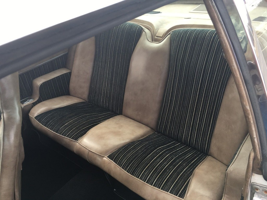 1971 Studebaker Avanti II
