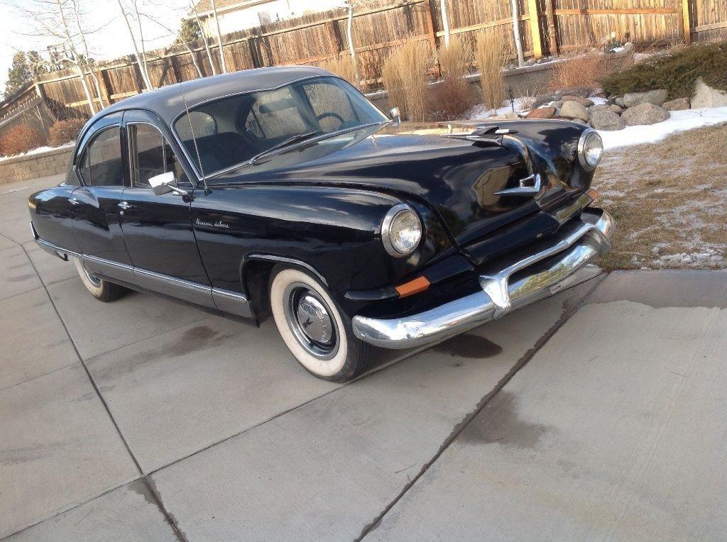1952 Kaiser Deluxe