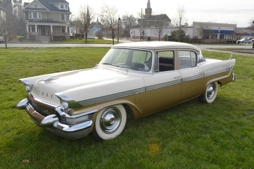 Lincoln Town Car 2016 >> 1957 Packard Clipper for sale