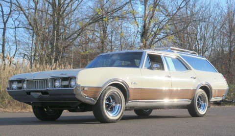 1968 Oldsmobile Cutlass Vista Cruiser for sale