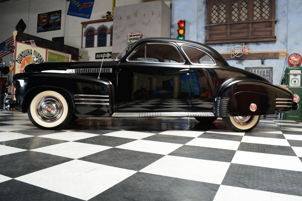 1941 Cadillac Series 62 Coupe