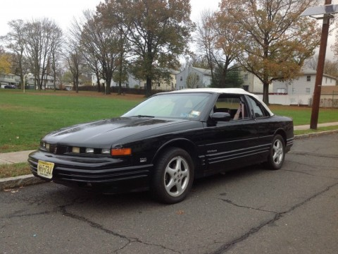 1993 Oldsmobile Cutlass Convertible for sale