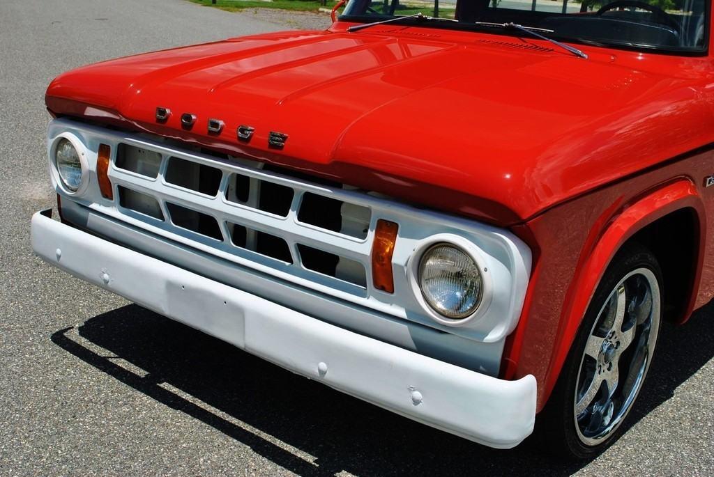 1968 Dodge D-100