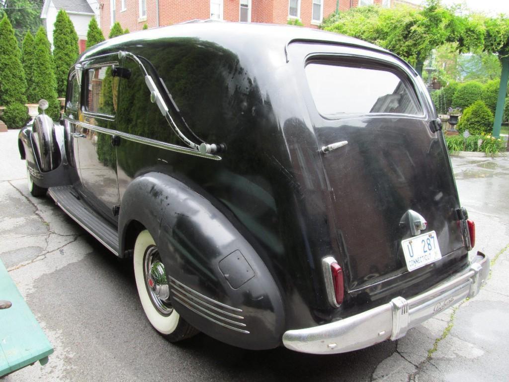 1942 Packard Henney
