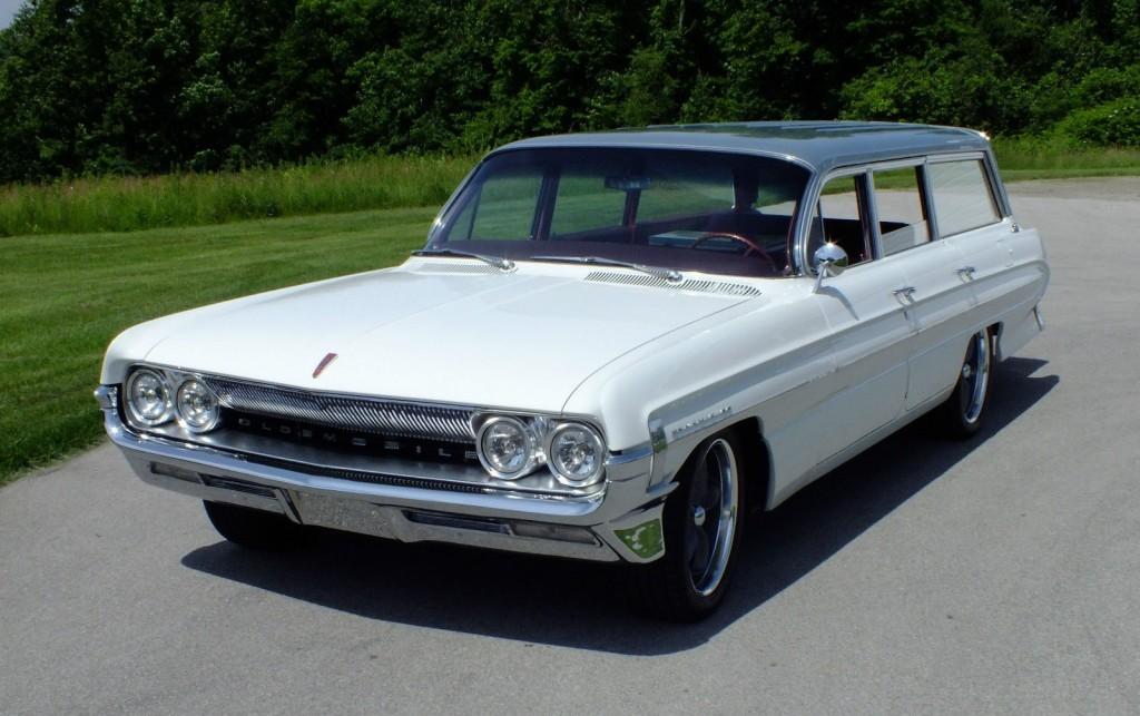1961 Oldsmobile Dynamic 88 Fiesta