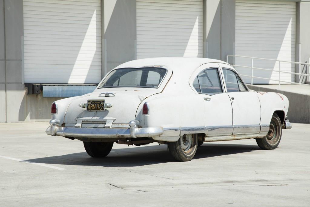 1951 Kaiser Traveler