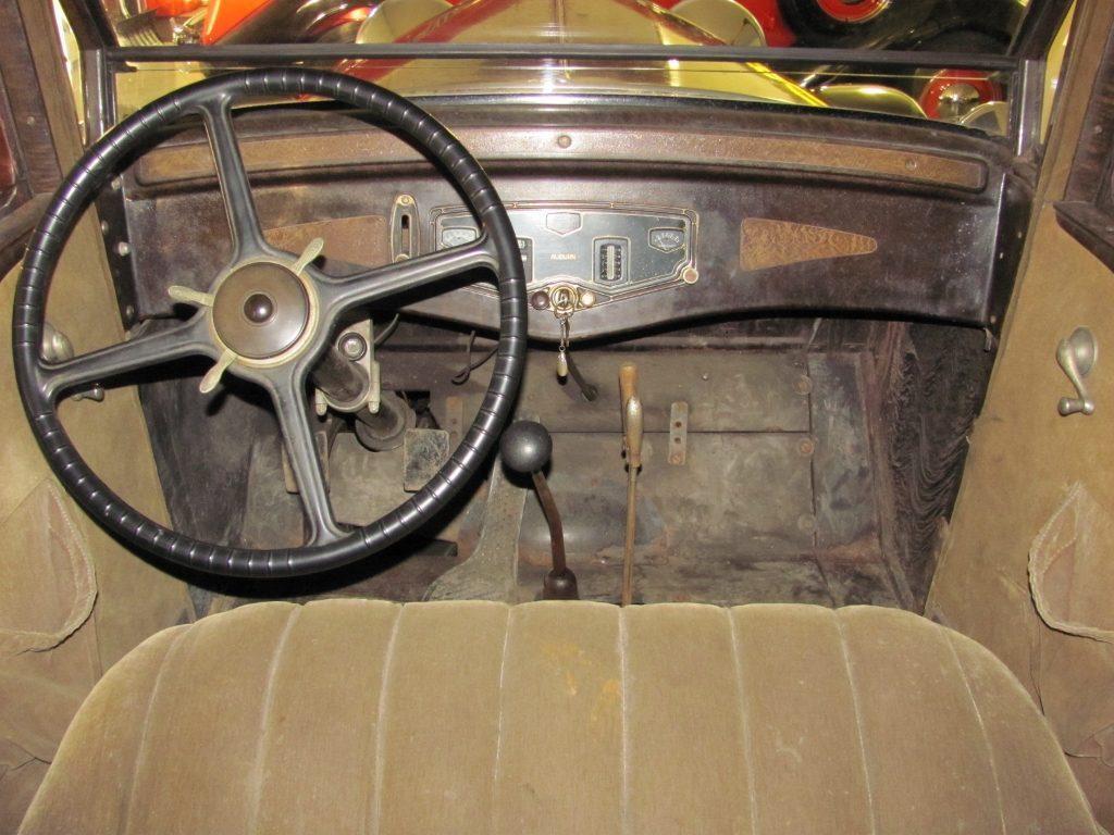 1930 Auburn 125 Sedan