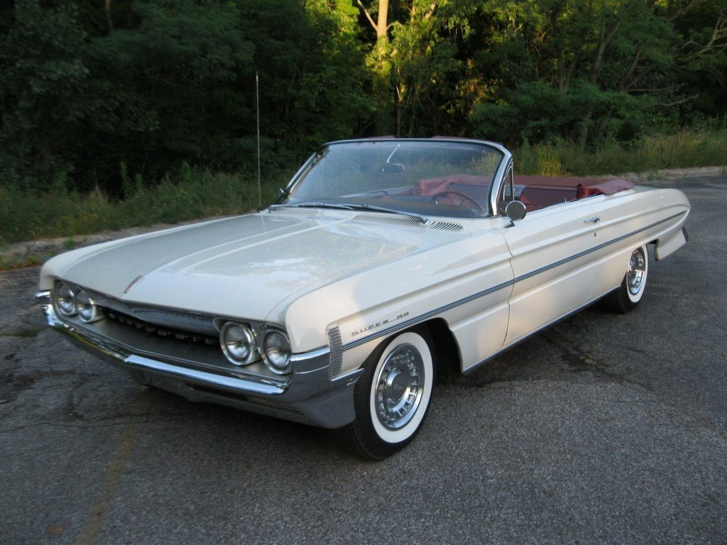 1961 Oldsmobile Eighty-Eight