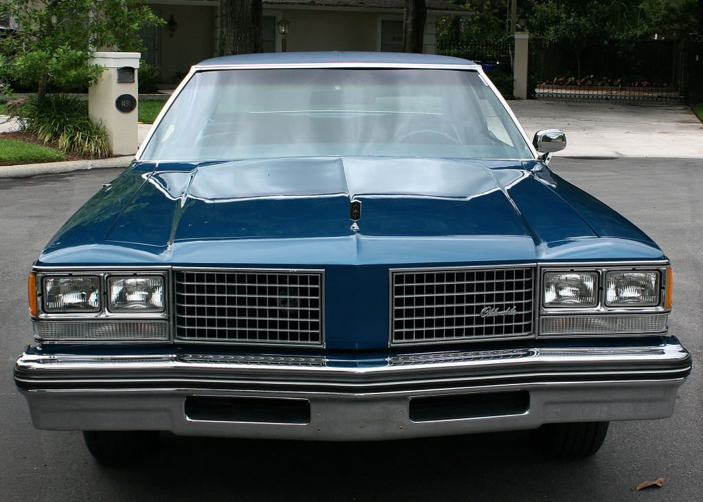 1976 Oldsmobile Ninety-Eight