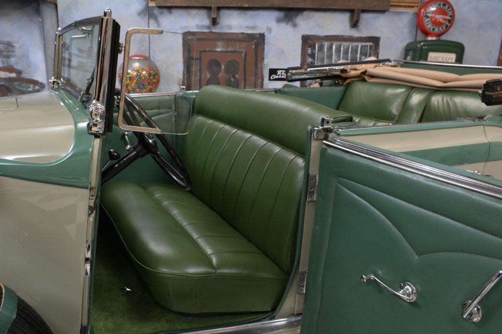 1933 Auburn G80 Phaeton Sedan