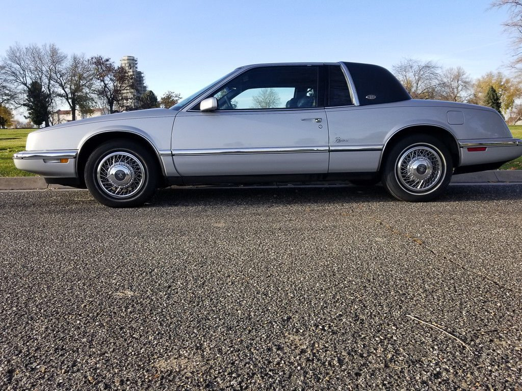 1990 Buick Riviera