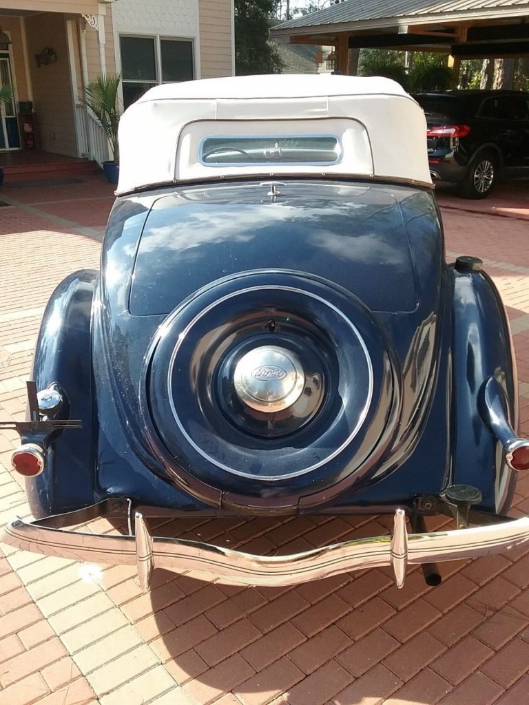 1936 Ford Roadster Deluxe