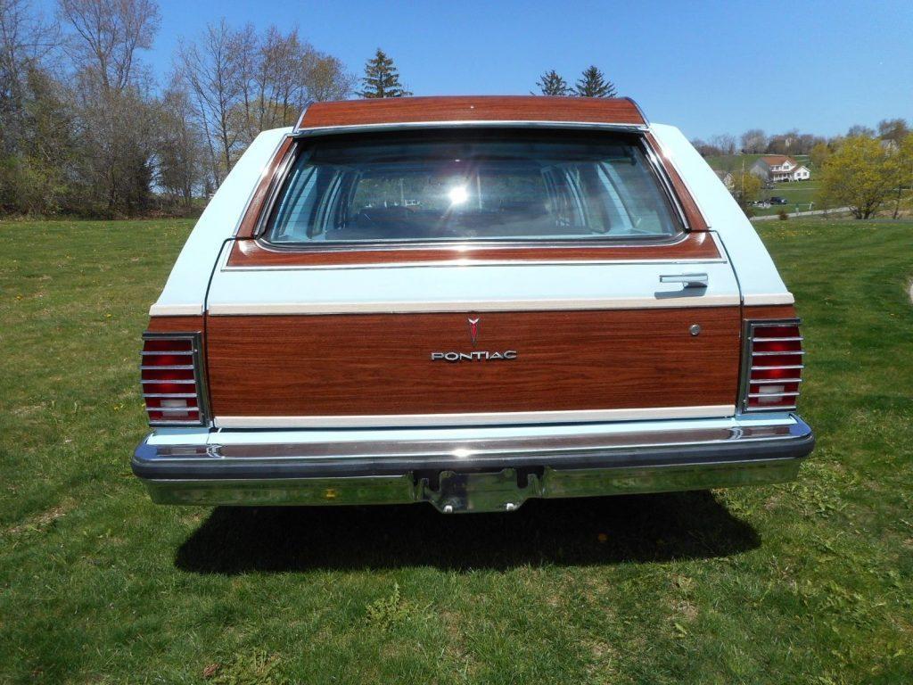 1978 Pontiac Safari Wagon