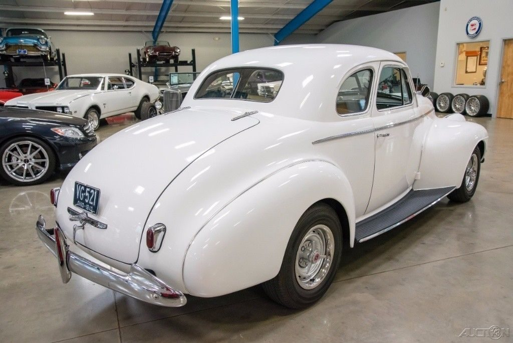1940 Oldsmobile 5 Window Business Coupe