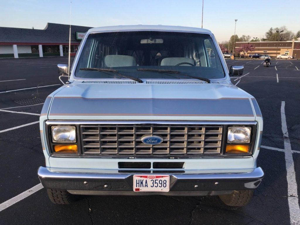 1985 Ford E-150