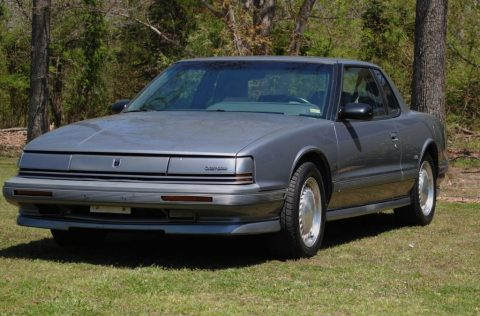 1990 Oldsmobile Toronado Trofeo for sale